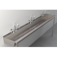 Three-Station Trough Sink